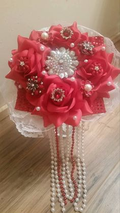 Stunning Red and White Jewelry Brooch Wedding by gypsycowgirlchic Use code MEMORIALDAY to save 50% off  $20 minimum purchase coupon good till 6/1/16