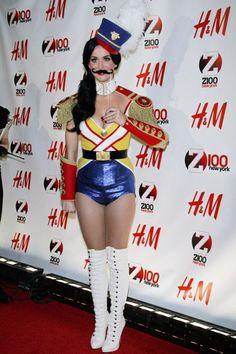 Katy Perry rocks the Jingle Ball