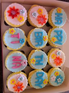 Happy birthday fondant cupcakes