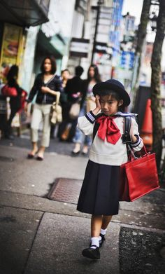 Young school girl returning home. #Tokyo. #Japan. from #treyratcliff at http://www.StuckInCustoms.com - all images Creative Commons Noncommercial