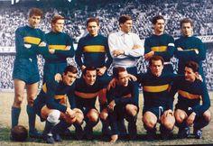Boca Juniors Campeón del Campeonato de Primera División 1962.Parados: Rattin, Marzolini, Silvero, Errea, Orlando y Simeone. Agachados: Nardiello, Menéndez, Valentim, Grillo y A. González.