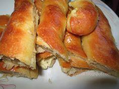 Ζουζουνομαγειρέματα: Τυρόπιτες με ζύμη γιαουρτιού! Hot Dog Buns, Hot Dogs, Biscuits, Bread, Breakfast, Recipes, Virginia, Food, Happy