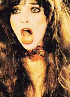 Kate Bush in the beauty and amazing songstress Jessi Combs, Pop Music Artists, Hounds Of Love, Women Of Rock, Women In Music, Face Expressions, Art Of Noise, In Hollywood, Good Music