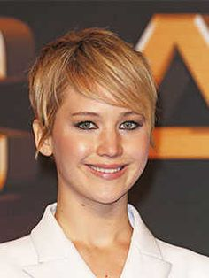 Short Haircuts for Round Shaped Faces: Pixie Haircut, Jennifer Lawrence