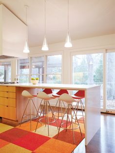 Kitchen Island Bar Seating Design, Pictures, Remodel, Decor and Ideas - page I'm thinking of some version of these modern stools for our new kitchen Kitchen Island Dining Table, Eat In Kitchen, Kitchen Seating, Narrow Kitchen, Red Kitchen, Kitchen Rug, Orange Kitchen Decor, Neutral Kitchen, Kitchen Colour Schemes