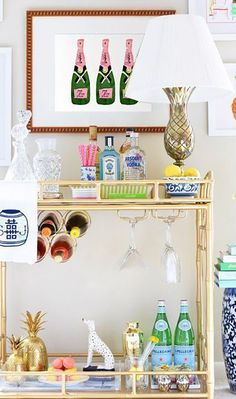 Bar Cart Ideas - There are some cool bar cart ideas which can be used to create a bar cart that suits your space. Having a bar cart offers lots of benefits. This bar cart can be used to turn your empty living room corner into the life of the party. Diy Bar Cart, Gold Bar Cart, Bar Cart Styling, Bar Cart Decor, Absolut Vodka, Buffets, Bar Chairs, Bar Stools, Eames Chairs