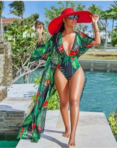 Tropical Print Beach Robe Cover Up & Plunging Halter Neck Swimsuit - Whatlovely Look Fashion, Fashion Outfits, Fashion 2020, Fashion Women, Woman Outfits, Young Fashion, Fashion Moda, Modest Fashion, Korean Fashion