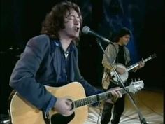 ▶ Rory Gallagher: Amazing Grace, Walking Blues, Blue Moon of Kentucky - YouTube