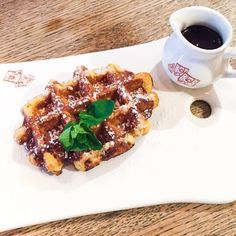 A delicious Belgian waffle with chocolate at Le Pain Quotidien! - VioletteDaily's Post On Foodstand