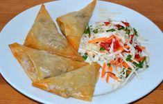 Μπακαλιαροπιτάκια (και όχι μόνο) με φύλλο κρούστας - cretangastronomy.gr Spanakopita, Dairy Free, Turkey, Vegetarian, Diet, Ethnic Recipes, Food, Cakes, Turkey Country