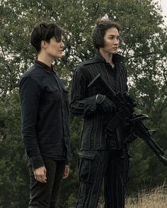 Walking Dead Cast, Fear The Walking Dead, Mandy Moore Short Hair, Movie Screenshots, Female Characters, Fictional Characters, Sydney, It Cast, Photo And Video