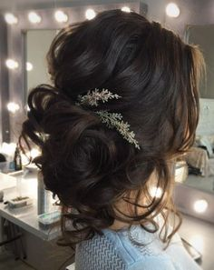 Loose Curls Updo Wedding Hairstyle Loose Curls Updo Wedding Hairstyle Wedding Hairstyles Tonya Pushkareva Wedding Hairstyle Inspiration - New Site Romantic Hairstyles, Best Wedding Hairstyles, Bride Hairstyles, Bridesmaids Hairstyles, Hairstyle Ideas, Hairstyle Wedding, Brunette Wedding Hairstyles, Hair Ideas, Trendy Hairstyles
