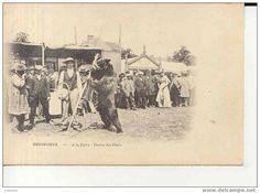 28 CPA SENONCHES RARE CARTE MONTREUR D OURS A LA FOIRE DANSE DES OURS - Delcampe.net  demonstratorzy  niedźwiedzi na starych pocztówkach, bear street shows on vintage postcards