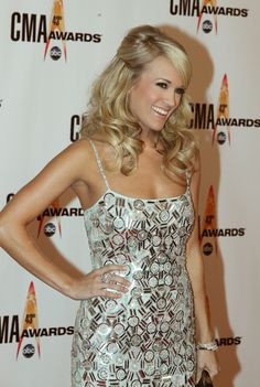 Carrie Underwood Hair I think this is a cute look :)