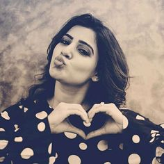 Actress Samantha Cute Latest Photoshoot in Black dress Samantha Images, Samantha Ruth, South Actress, South Indian Actress, Beautiful Bollywood Actress, Beautiful Actresses, Classy Outfits For Women, Indian Photoshoot, Babe