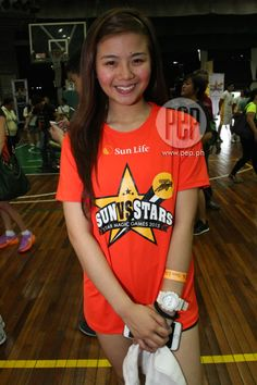 This is the pretty Miles Ocampo smiling for the camera prior to the start of the 2015 Star Magic Games held at La Salle Green Hills last May Indeed, Miles is an amazing athlete in addition to being an actress, singer, and model. Child Actresses, Child Actors, Star Magic, All Grown Up, Celebs, Celebrities, Fashion Models, Athlete, Singer