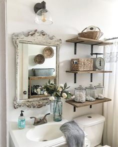 It's always so hard for me to get a good shot of our tiny AND only bathroom. We've been in our home for 10 years this September! Diy Bathroom Decor, Simple Bathroom, Home Decor Bedroom, Living Room Decor, Modern Farmhouse Decor, Modern Decor, Modern Sink, Chic Bathrooms, Small Space Living