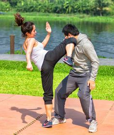 Suggestions that will assist you Develop Your comprehension of martial arts tutorials Action Pose Reference, Human Poses Reference, Pose Reference Photo, Action Poses, Bon Sport, Fighting Poses, Martial Arts Techniques, Martial Arts Women, Cool Poses