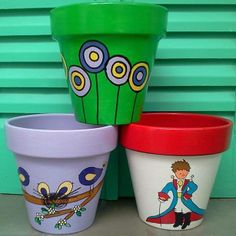 We're talking about decor, flower pot painting ideas and designs can give that class and presentation to those flower pots which you might put in garden. Clay Flower Pots, Flower Pot Crafts, Clay Pot Crafts, Clay Pots, Decorated Flower Pots, Painted Flower Pots, Painted Vases, Low Maintenance Garden Design, Cactus Planta