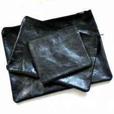 FLAT POCKET, black leather
