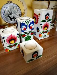 Candle Craft, Hand Embroidery Art, Candels, Wood Accents, Creative Crafts, Painting On Wood, Candlesticks, Collage Art, House Plants
