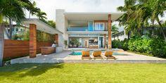 A look inside a contemporary home in Miami: http://www.playmagazine.info/a-look-inside-a-contemporary-home-in-miami/