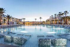 Grand Palladium White Island Resort & Spa - All Inclusive - Sant Josep de sa Talaia Ibiza Resorts, Ibiza Beach Hotel, Hard Rock Hotel Ibiza, Jamaica Resorts, Beach Hotels, Hotels And Resorts, Ushuaia, Jacuzzi, Ocean Waves