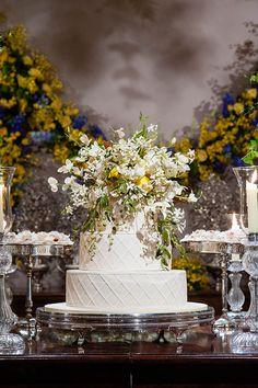 Bolo de casamento com flores e limões sicilianos ( Bolo: The King Cake   Fotos: Daniela Picoral )