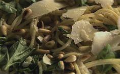 Anote a receita de macarrão ao pesto - Receitas - Receitas GNT