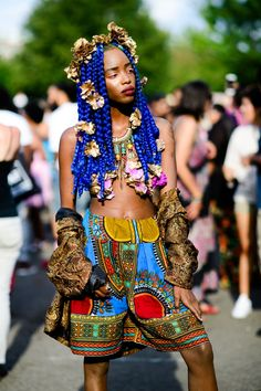 All the Best Street Style from Afropunk 2017 Blue hair don't care Afropunk 2017, Afro Punk Fashion, Lolita Fashion, Rock Fashion, Fashion Boots, Fashion Fashion, African Fashion, Korean Fashion, Moda Punk