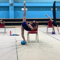 Gymnastics Poses, Gymnastics Videos, Gymnastics Workout, Rhythmic Gymnastics, Waves Wallpaper, Herbal Magic, Flexibility Workout, Yoga, Workout Videos
