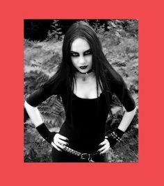 A certain goth themed individual (female) #metalcore #Zon #Maan #Mars #Jupiter #poikatytöt #Helloween  #Wings #Hauser #indie #arthouse #EU27 #Gojira #punk #Denemarken #Nostalgie #Ram #Mesha #Aries #Kreeft #Cancer #Karka #Leeuw #Leo #Simha #Vissen #Pisces #Meena #Erasmus #Bilbao #feminisme #Europhile #EU #Udo #Kier #Brexit #Trump #Femen #Werner #Herzog #Jürgen #Prochnow #Iovotono #Addams #Jessicka #Rainbow #Harvest #Trier #mouflon #Bélier