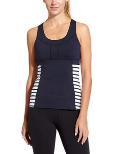 Hyper Stripe PR Tank 2 - Set a new personal record with sleek, wicking Velocilite® performance plus built-in support, mesh ventilation and stretch-to-fit stash pockets.