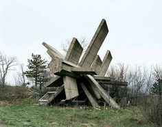 These structures were commissioned by former Yugoslavian president Josip Broz Tito in the 1960s and 70s to commemorate sites where WWII battles took place (like Tjentište, Kozara and Kadinjača), or where concentration camps stood (like Jasenovac and Niš). They were designed by different sculptors (Dušan Džamonja, Vojin Bakić, Miodrag Živković, Jordan and Iskra Grabul, to name a few) and architects (Bogdan Bogdanović, Gradimir Medaković...), conveying powerful visual impact to show the…