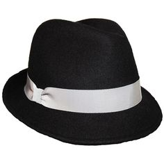 I am a Sinatra fan, and I'm glad his famous fedora is back in style!