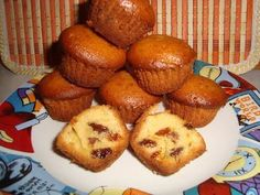 Briose cu iaurt si stafide, Rețetă Petitchef Lava Cakes, Baby Food Recipes, Biscuits, Muffins, Cupcakes, Breakfast, Desserts, Sweets, Recipes For Baby Food