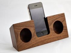 10 ipod docks .  No electricity. There's one using an old taxi horn, one with a bit of bamboo. I've got to try it.