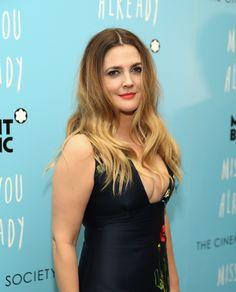 Drew Barrymore aposta em look da nova coleção de Stella McCartney