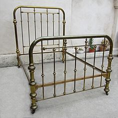 Vintage Brass Bed Two Inch Tubing on Casters Size Full ? Dream Bedroom, Home Bedroom, Bedroom Decor, Antique Iron Beds, Antique Metal, Brass Bed, Shabby, Metal Beds, Metal Art