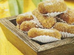 Croquetes Doces - https://www.receitassimples.pt/croquetes-doces/
