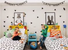 Best Children's Room Decor Ideas - Kids Bedrooms For Girls and Boys. We are sure you want the best for your children. We've put together children's room decors to inspire you Unisex Kids Room, Deco Kids, Shared Rooms, Childrens Bedrooms Shared, Kids Room Design, Kid Spaces, Kids Bedroom, Kids Rooms, Trendy Bedroom