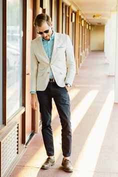 Cheap outfits can look the best sometimes. Mens Fashion Summer Outfits, Tall Men Fashion, Modern Mens Fashion, Mens Fashion Casual Shoes, Mens Fashion Blazer, Men Fashion Show, Men's Fashion, Fashion Tips, Men Style Tips