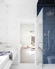 Airy dream kids rooms peek through the the gorgeous kids bathroom. Dark blue tiles and look a the subtle palm wallpaper in a pale green. Style Blanc, Blue Subway Tile, Blue Tiles, Cottage Style Bathrooms, Three Birds Renovations, Bad Styling, Bathroom Wallpaper, Palm Wallpaper, Trendy Wallpaper