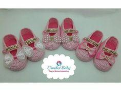 Sapatinho Ana de crochê - Tamanho 09 cm - Crochet Baby Yara Nascimento - YouTube Baby Booties, Baby Shoes, Bebe Baby, Knit Shoes, Crochet Bebe, Baby Knitting, Free Pattern, Crochet Patterns, Booty