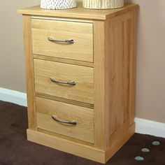 contempo oak lamp chest table