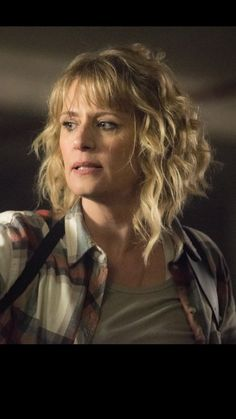 Front of haircut with bangs Mary Winchester, Hair Growing, Grow Hair, Hairdos, Hairstyles, Supernatural, Samantha Smith, Haircuts With Bangs, Grow Out