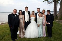 "Christina (Jennifer Alden) marries her ""first mate"" Craig (Geoff Stults) in a lavish ceremony complete with friends, family, and a couple of crashers.  Photo courtesy of New Line Cinema"