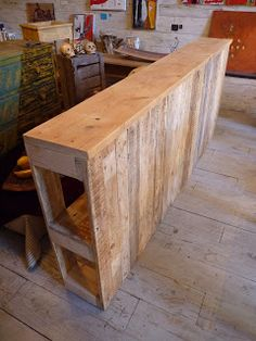 Lit en palette - Lit en palette de bois avec lumiere ...
