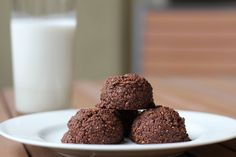 Chocolate coconut macaroons. If you're in a choco-holic mood, I highly recommend these bite-sized chocolate coconut macaroon pleasures. Similar to my Meyer lemon ...