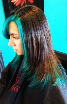 highlighted with Manic Panic Atomic Turquoise